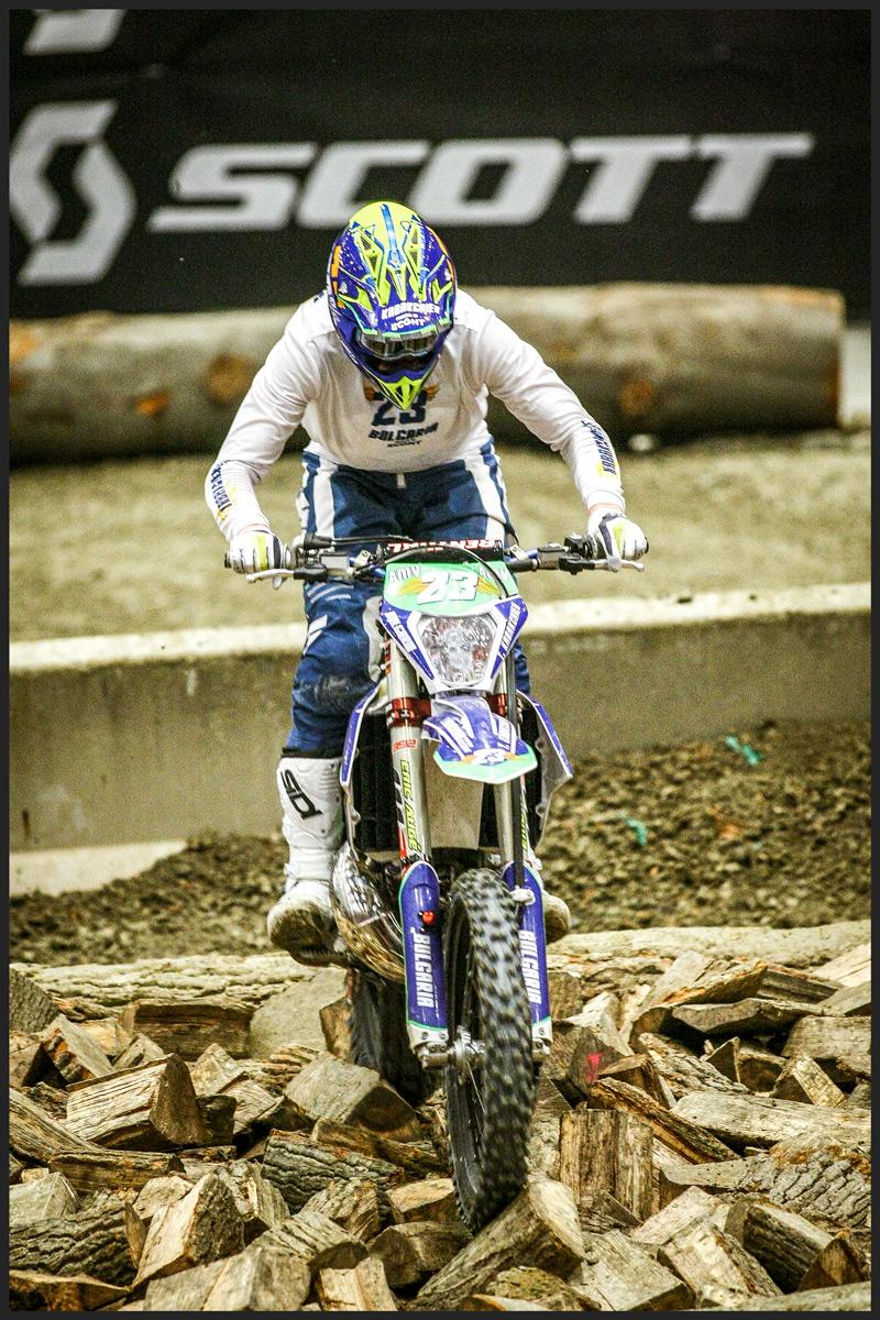 kabakchiev in superenduro race